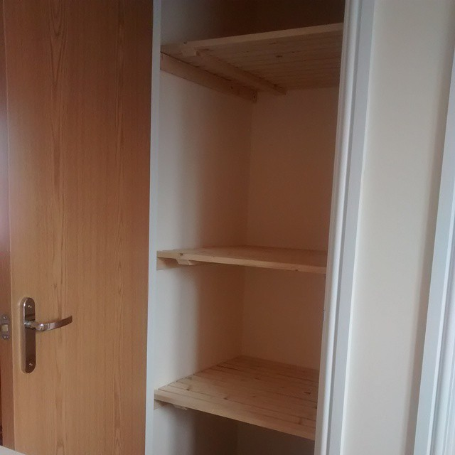 Ta Dah! My new shelves #EasilyPleased #DIY