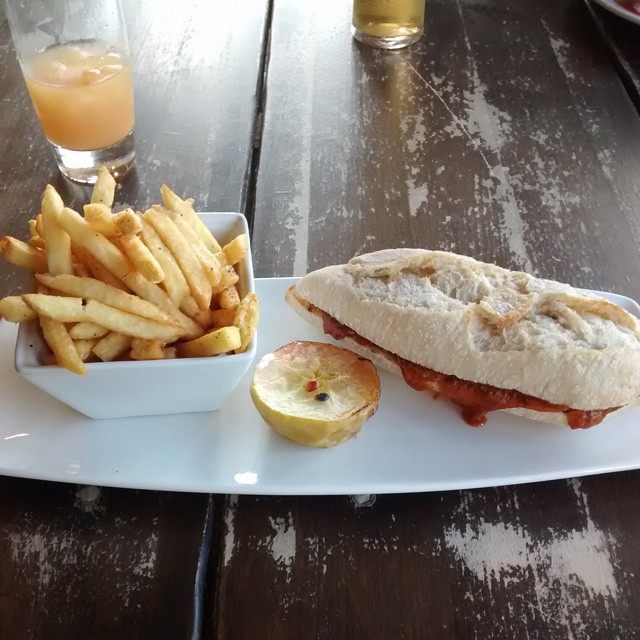 Yummy pulled pork baguette at @coombecellars #coombecellars