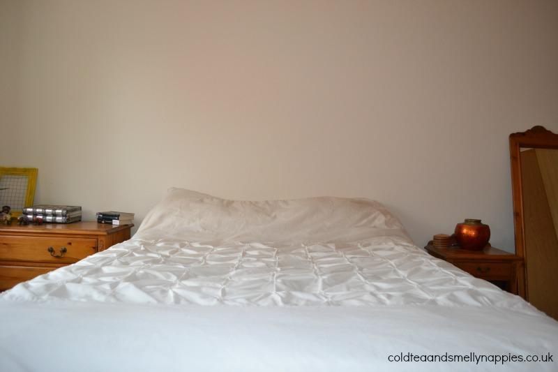 bedroom-makeover-before