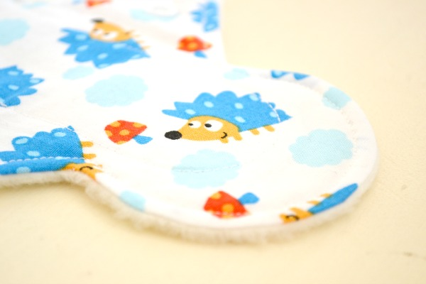 lady-days-cloth-pads-hedgehog