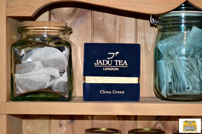 tea-cabinet-jadu-tea