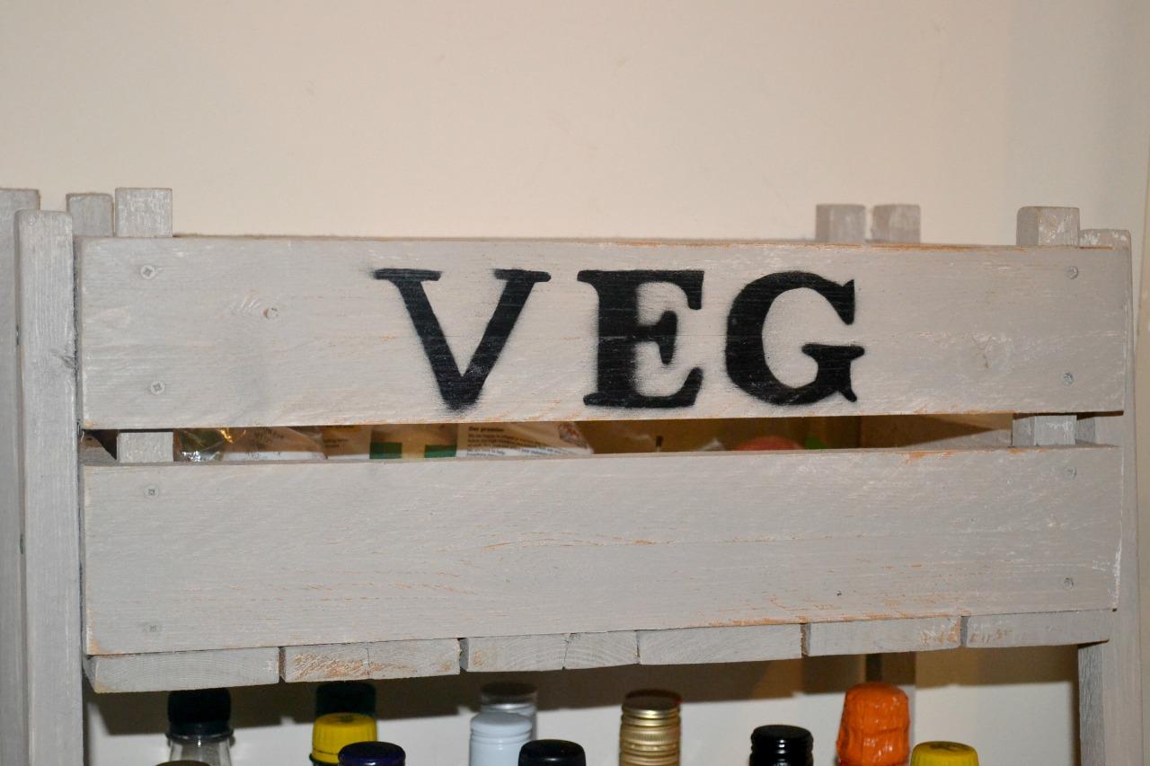 rustic-veg-rack